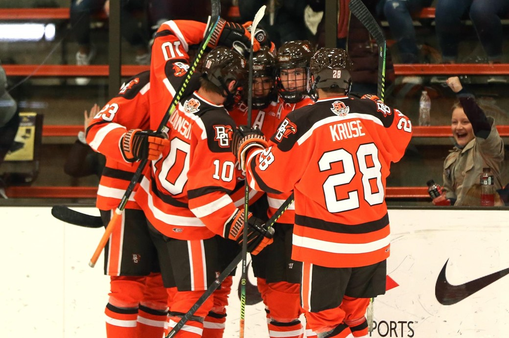 Falcons Move Into USCHO Top 10 For First Time This Season